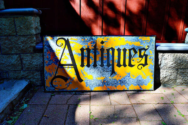Photograph - Antiques Sign by Glenn McCarthy Art and Photography