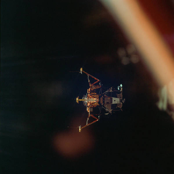 Wall Art - Photograph - Apollo 11 Lunar Module In Landing by Science Source