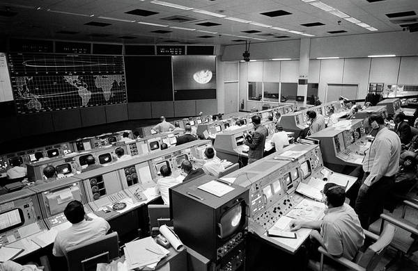 Wall Art - Photograph - Apollo 8, Mission Operations Control by Science Source
