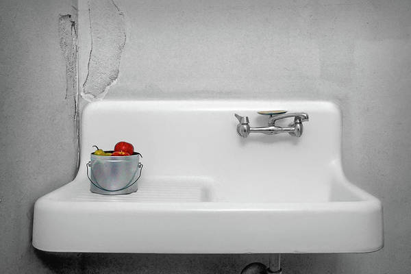 Wall Art - Photograph - Apples And A Sink by Nikolyn McDonald