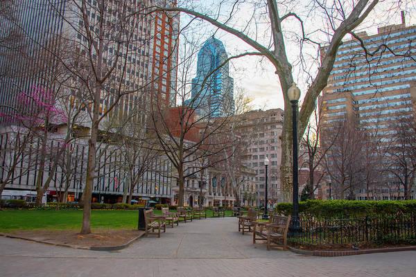 Rittenhouse Square Wall Art - Photograph - April In Philadelphia - Rittenhouse Square by Bill Cannon
