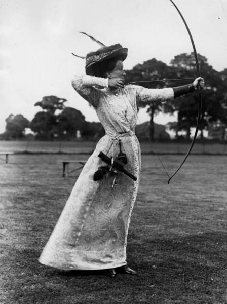Pencil Drawing Photograph - Archery 1910 by Hulton Archive