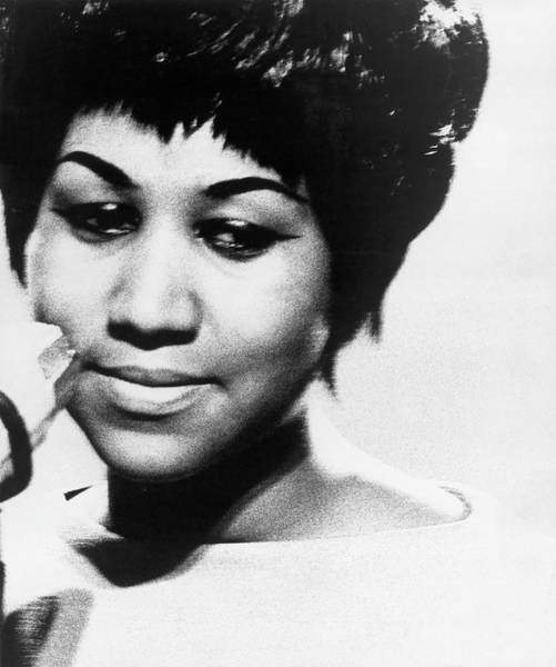 Human Interest Photograph - Aretha Franklin In The 1960s by Keystone-france