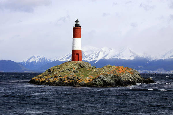 Wall Art - Photograph - Argentina, Tierra Del Fuego, Ushuaia by Win-initiative