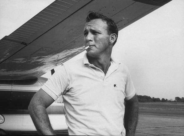 Horizontal Photograph - Arnold Palmer by John Dominis