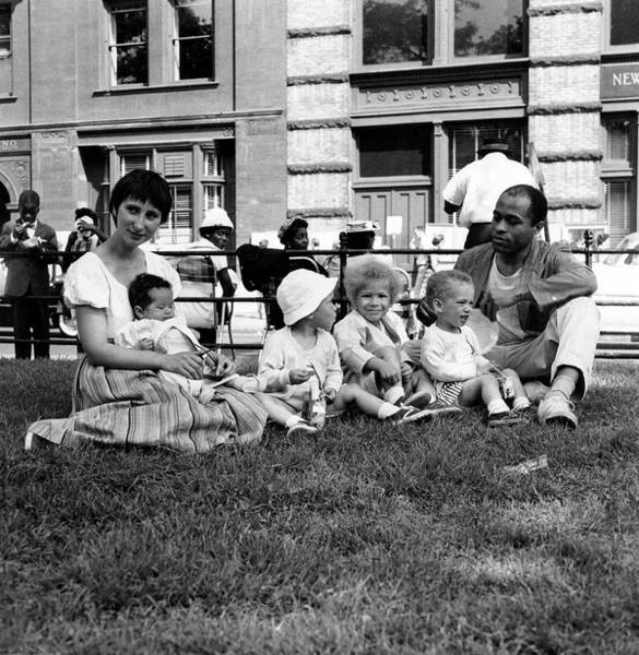 Washington Square Park Photograph - Artist Ted Joans & His Family In Wsp by Fred W. McDarrah