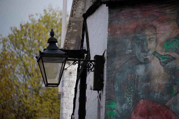Photograph - Ashton Lane Glasgow Street Lamp by Bill Cannon