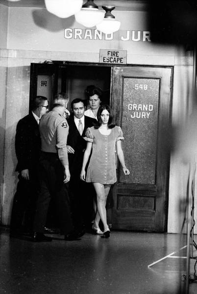 Tate Photograph - Atkins Leaves Grand Jury Room by Ralph Crane