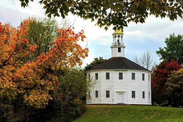Photograph - Autumn Day At Richmond Vermont Round Church by Jeff Folger
