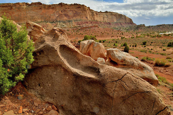 Photograph - Backside Of San Rafael Swell In Utah by Ray Mathis