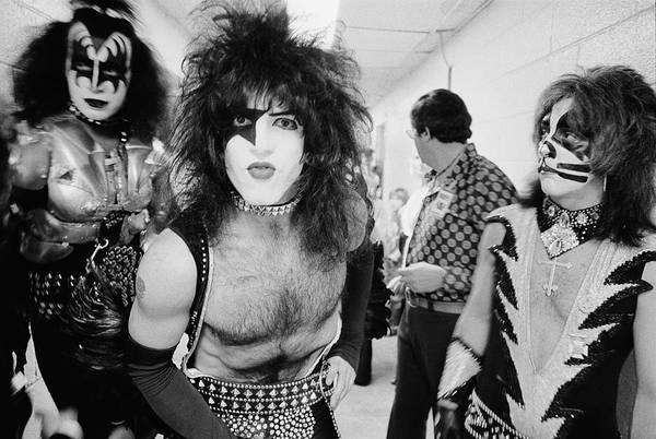 Peter Criss Wall Art - Photograph - Backstage Kiss by Fin Costello
