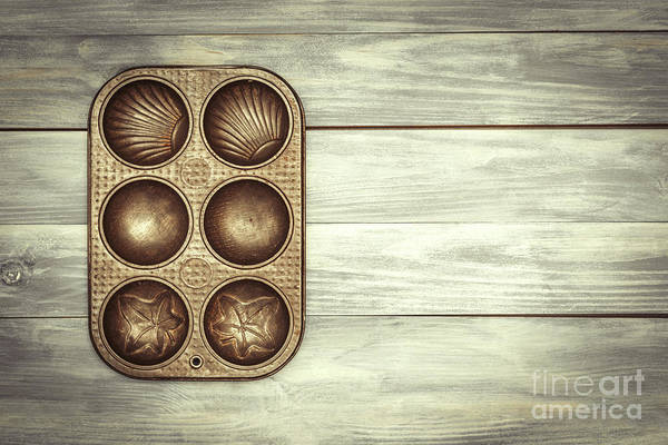 Wall Art - Photograph - Baking Tin  by Amanda Elwell