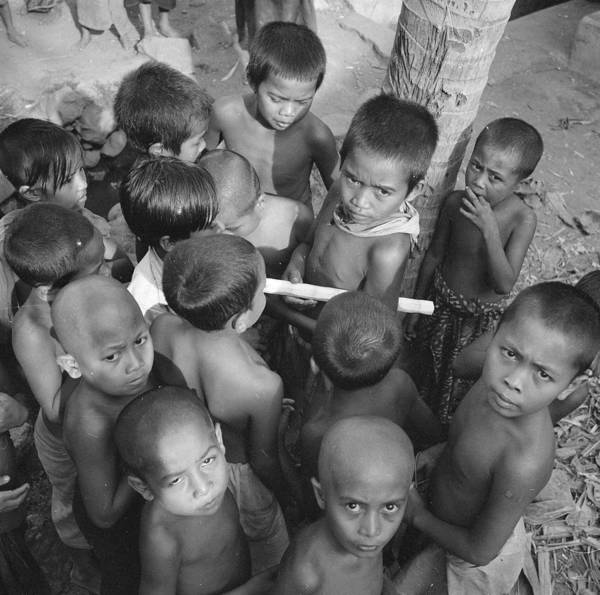 Indonesian Culture Photograph - Bali Children by Ebri