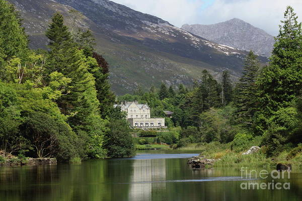 Photograph - Ballynahinch Castel by Peter Skelton