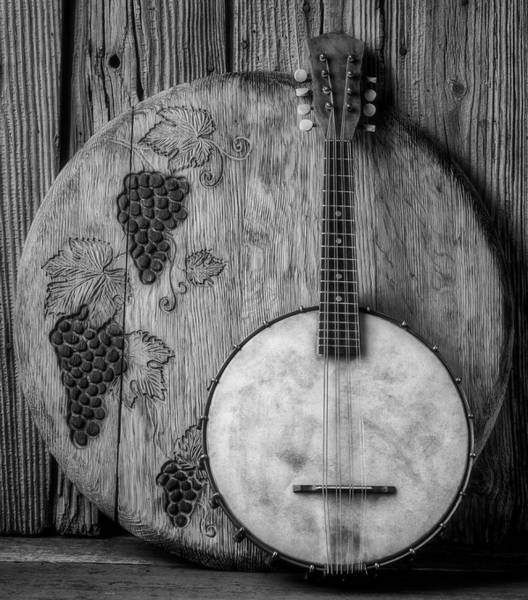 Wall Art - Photograph - Banjo And Wine Barrel Lid Black And White by Garry Gay