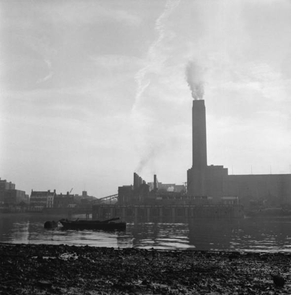Tate Photograph - Bankside Power Station by Alex Dellow