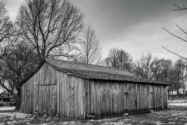 Wall Art - Photograph - Barn by Hyuntae Kim