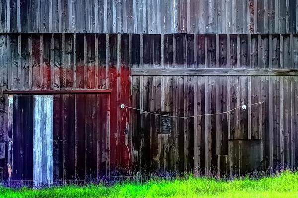 Photograph - Barn Of Many Colors by Jerry Sodorff