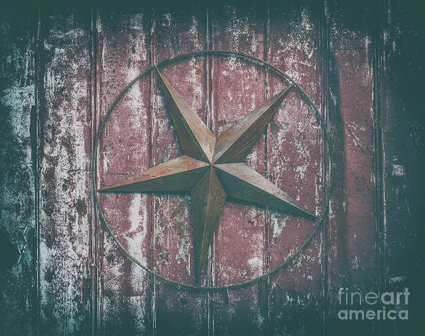Photograph - Barn Star by Dale Powell