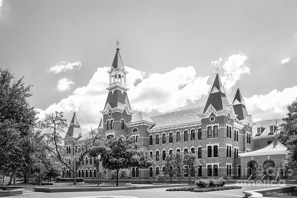 Photograph - Baylor University Burleson Hall by University Icons