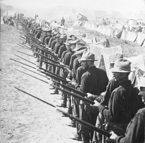 Trench Wall Art - Photograph - Bayonet Line by Hulton Archive