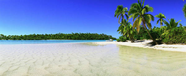 Wall Art - Photograph - Beach In The Cook Islands , Aitutaki by Richard Broadwell