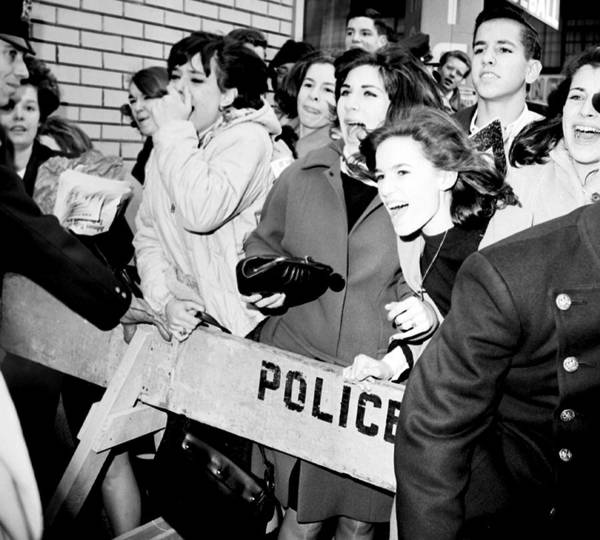 Wall Art - Photograph - Beatles Fans by New York Daily News Archive