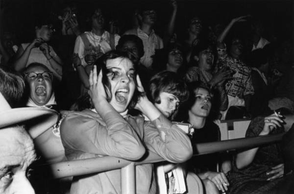 Photograph - Beatles Fans by William Lovelace