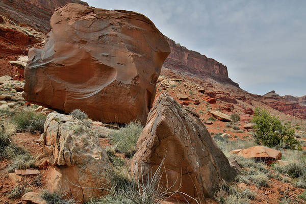 Photograph - Beautiful Boulders Along Highway 191 Near Moab by Ray Mathis