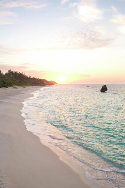 Bermuda Photograph - Bermuda Beach At Sunrise by Henry Lederer