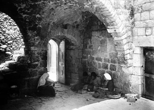 Wall Art - Photograph - Bethlehem Girls Sewing And Embroidering 1930s by Munir Alawi