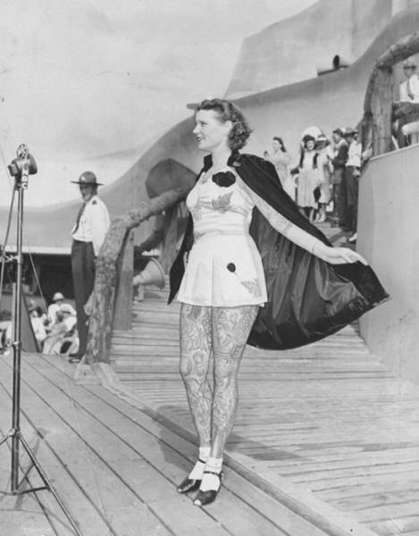 Contest Photograph - Betty Broadbent, The Tattooed Lady by New York Daily News Archive