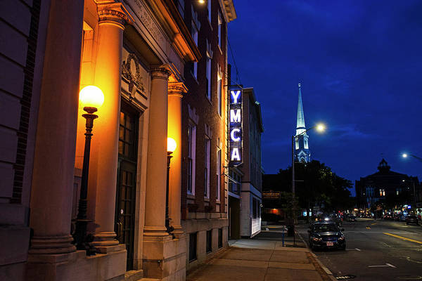 Photograph - Beverly Ma Cabot Street In The Evening by Toby McGuire
