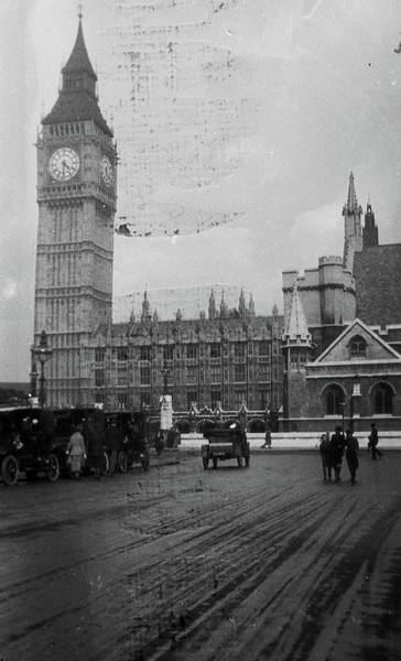 Clock Face Painting - Big Ben And The Palace Of Westminster 1904 by Celestial Images
