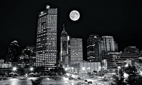 Townscape Wall Art - Photograph - Big Moon Indianapolis 2019 by Frozen in Time Fine Art Photography