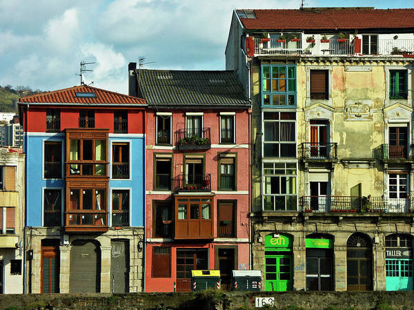 Bilbao Photograph - Bilbao-color-casas Olabeaga by Alvaro Martinez