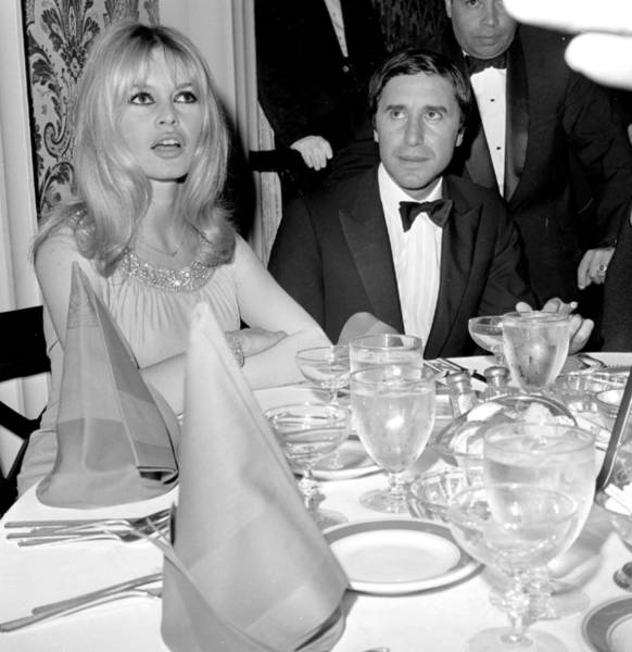 Beverly Hills Hotel Photograph - Birgitte Bardot And Bob Zaguri by New York Daily News Archive