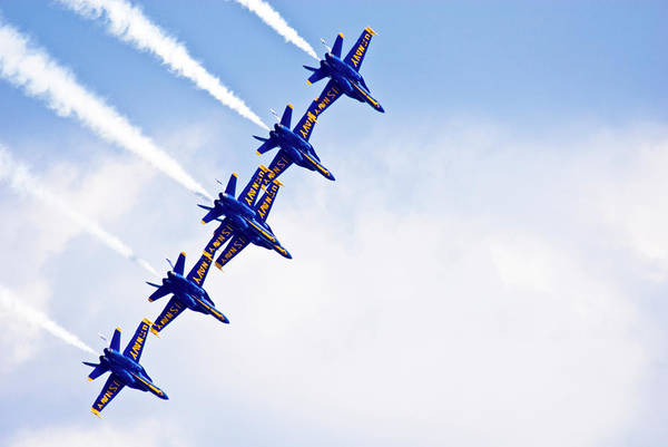 Usa Navy Photograph - Blue Angels by By Ken Ilio