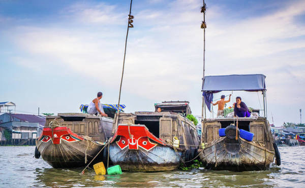 Photograph - Boats Can Tho Floating Market by Gary Gillette