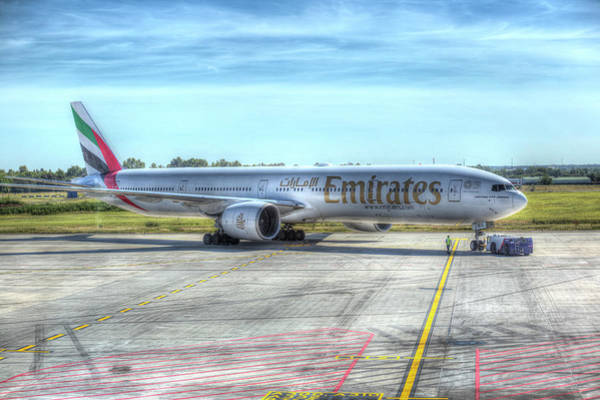 Wall Art - Photograph - Boeing 777-300er Emirates  by David Pyatt