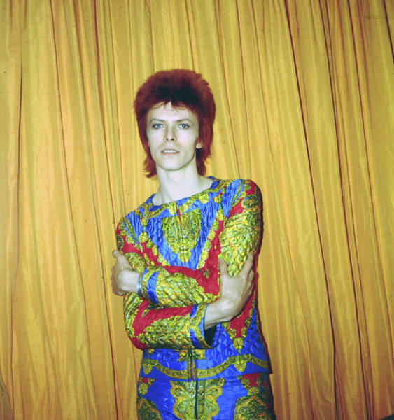 Glam Rock Wall Art - Photograph - Bowie As Ziggy Stardust In Ny by Michael Ochs Archives