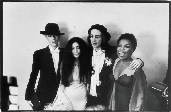 Bowie, Ono, Lennon, & Flack At The Art Print by Fred W. McDarrah