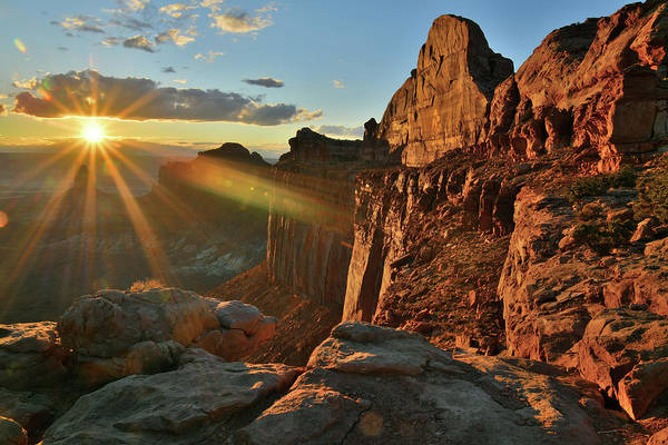 Photograph - Break Through At Sunset In Canyonlands Np by Ray Mathis