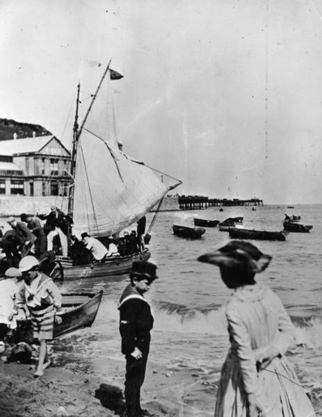 1889 Photograph - Brighton Beach by General Photographic Agency