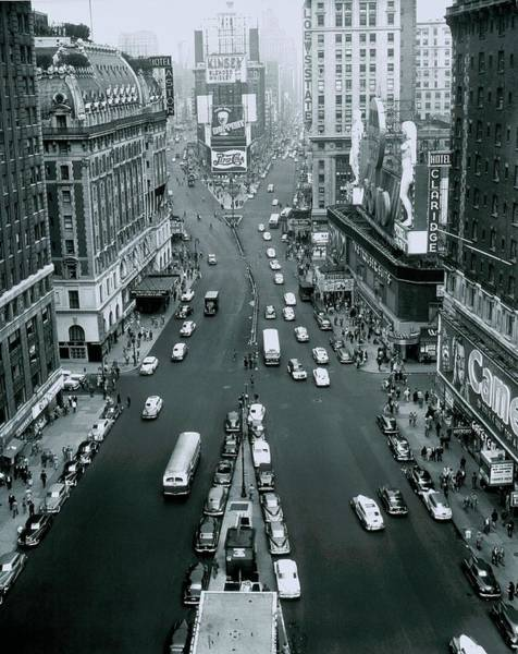 Photograph - Broadway And 7th Avenue At Times Square by Alfred Gescheidt