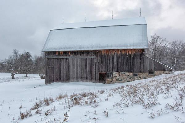 Photograph - Brunson Barn 2 by Heather Kenward