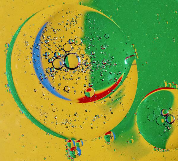 Wall Art - Photograph - Bubbles And Color by Detlef Klahm