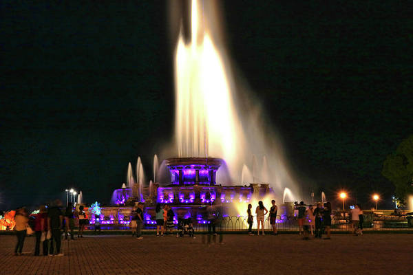 Photograph - Buckingham Memorial Fountain # 5 by Allen Beatty