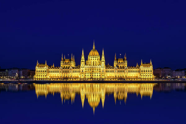 Wall Art - Photograph - Budapest Reflections by Andrew Soundarajan