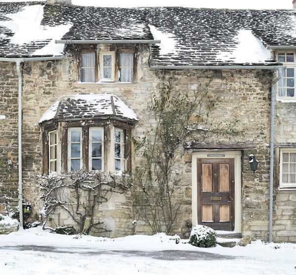 Photograph - Burford Hill Cottage In Winter by Tim Gainey